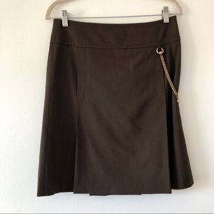 Gucci skirt, green with chain detail size 10 or 6